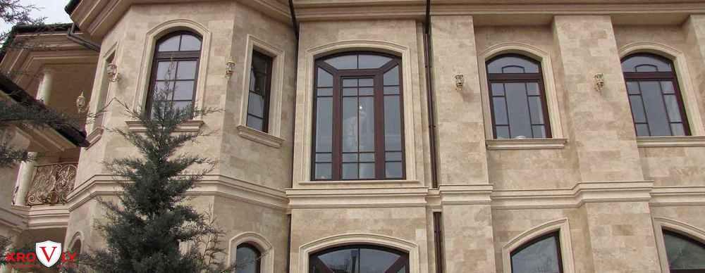 Травертин фасад дома