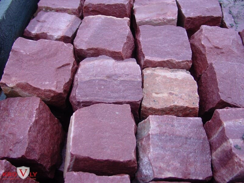 розовый кварцит